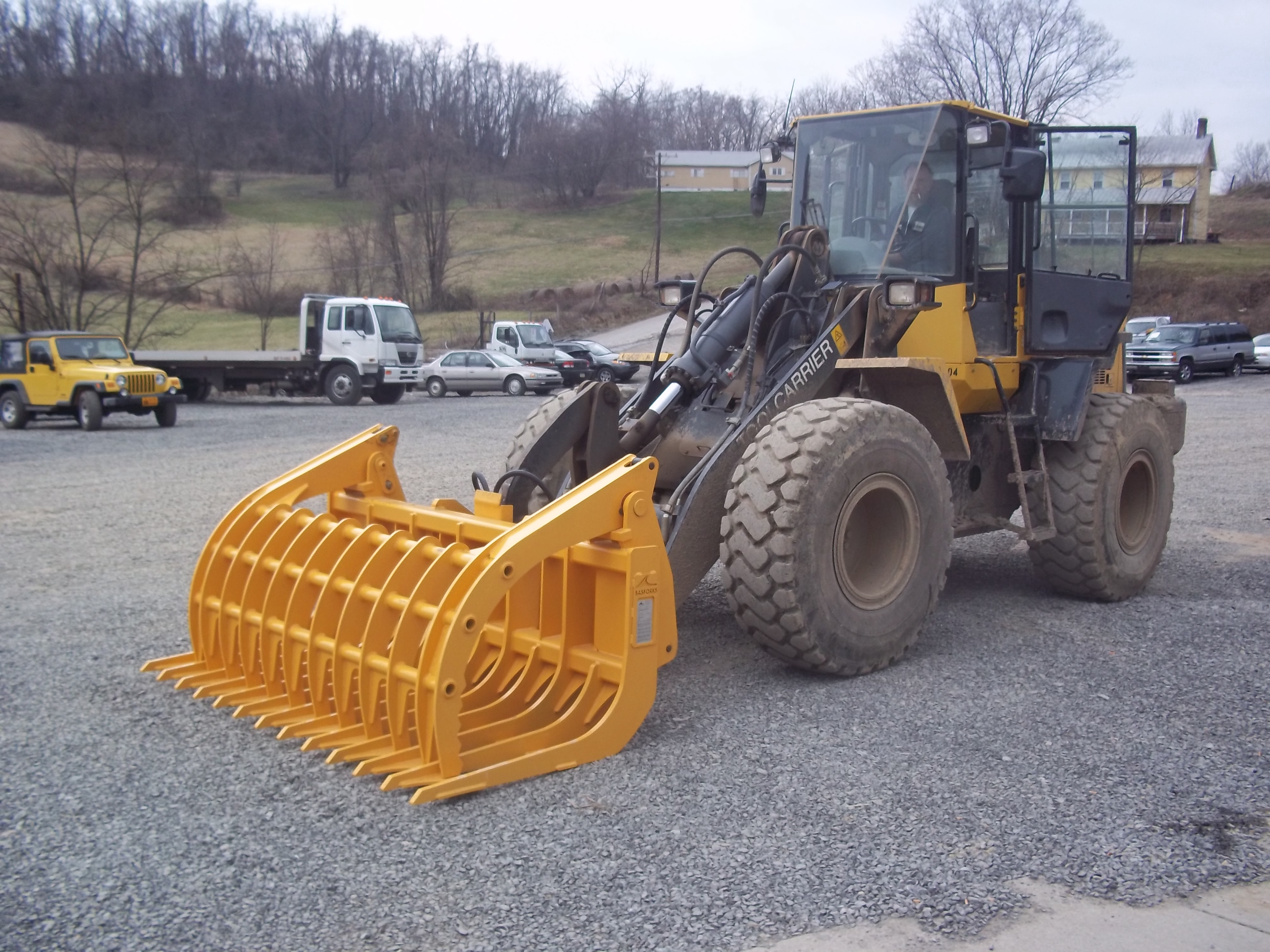 Rake Forks & Grapples in Auto Salvage Forklift Attachments
