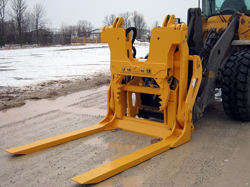 SAS Scorpion Engine Puller wheel loader attachment